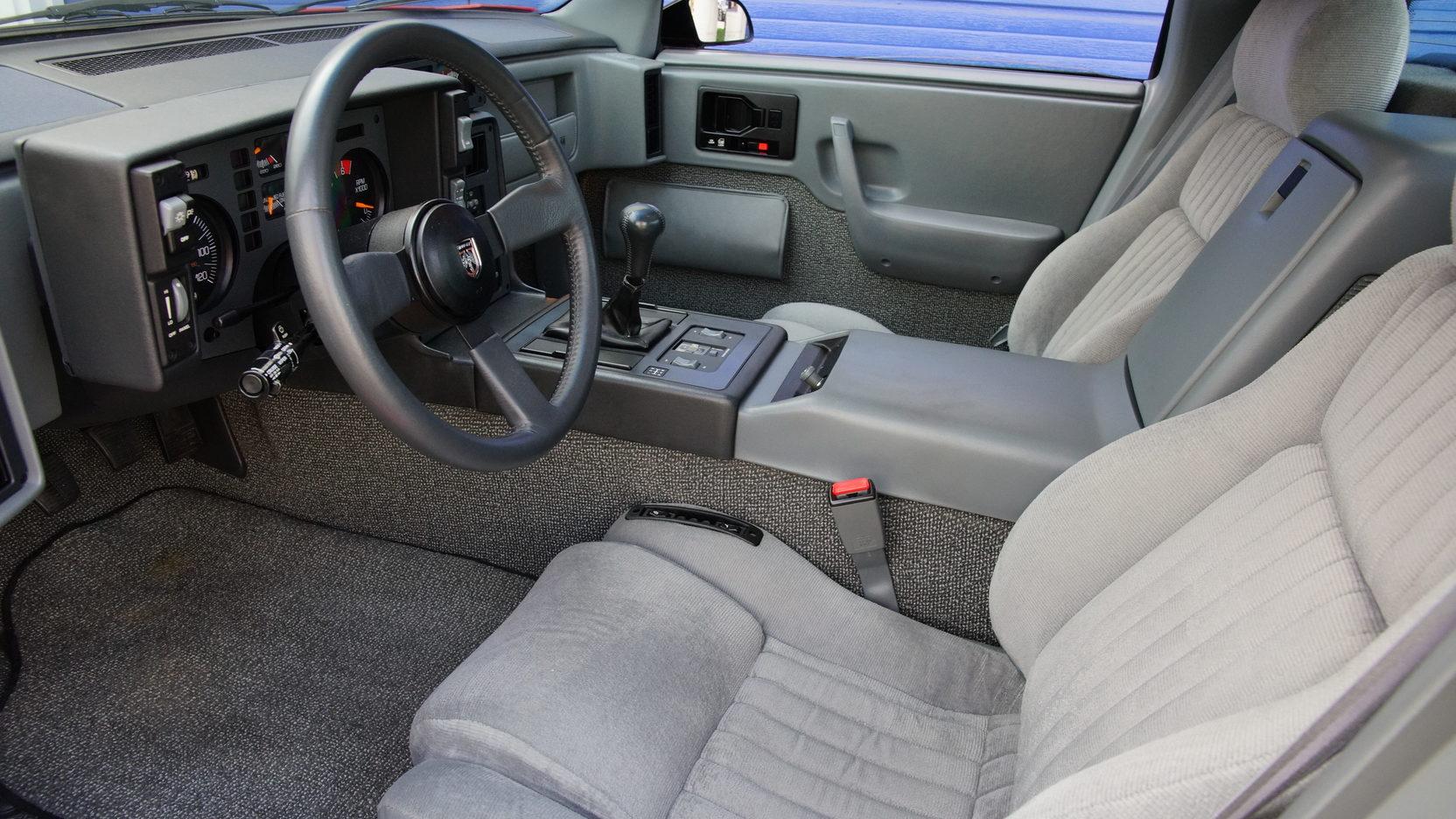 1986 Pontiac Fiero GT interior