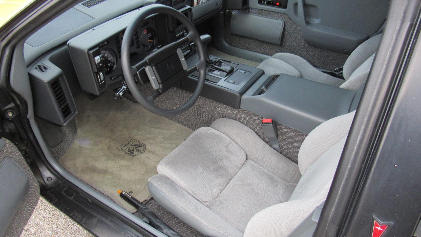 1988 Pontiac Fiero Formula interior