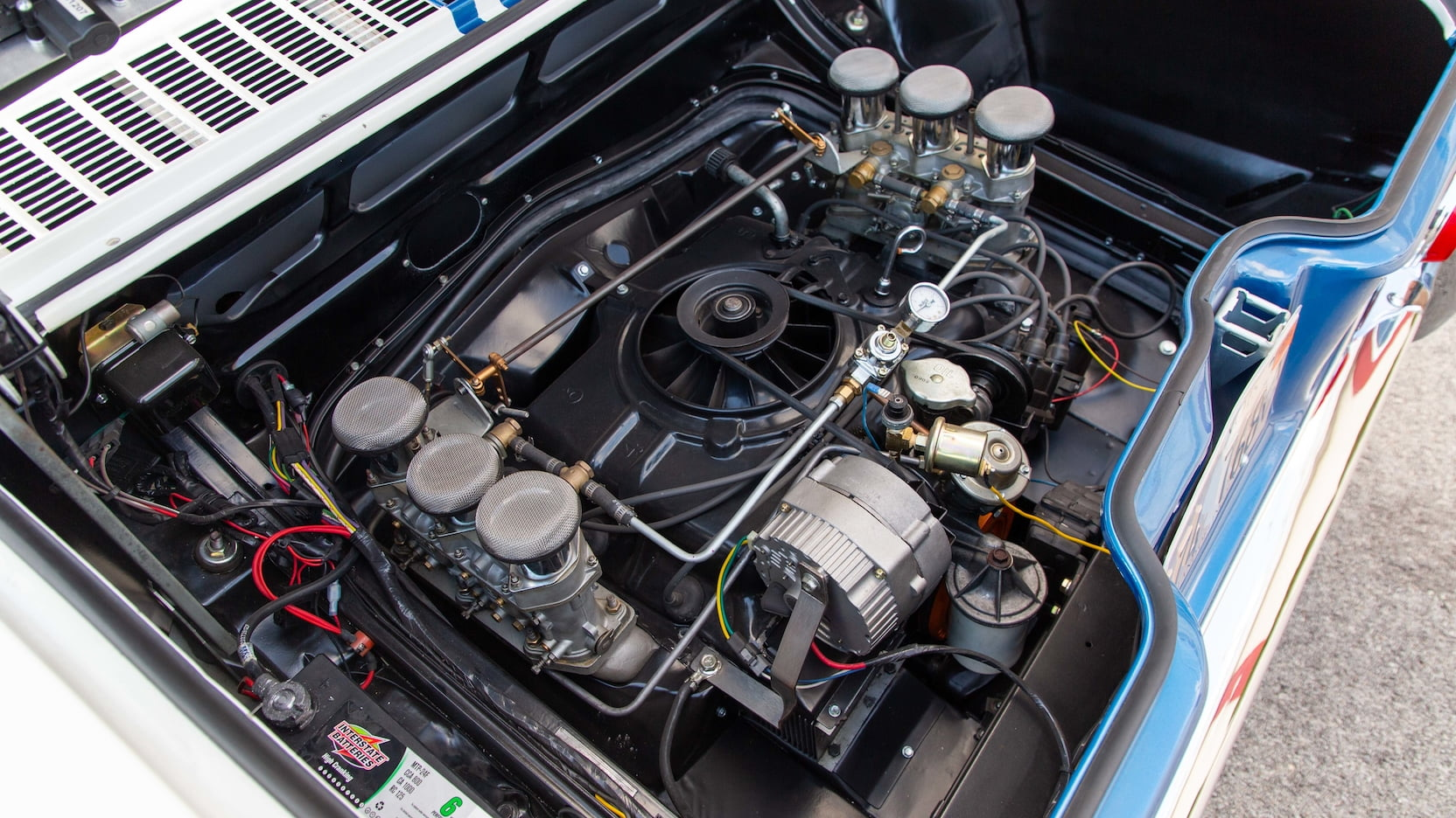 1966 Chevrolet Yenko Stinger engine