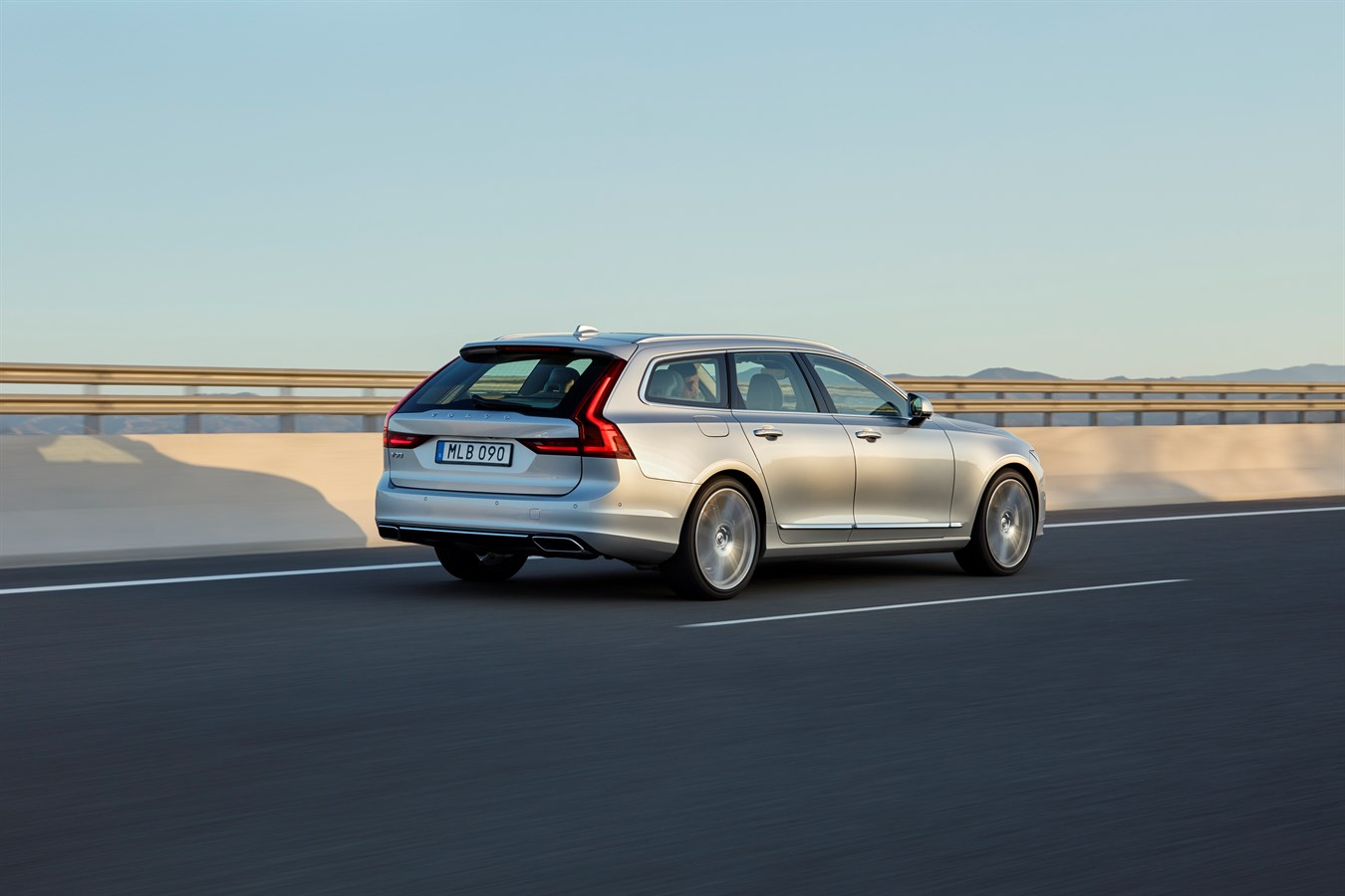 2017 Volvo V90 Wagon rear 3/4