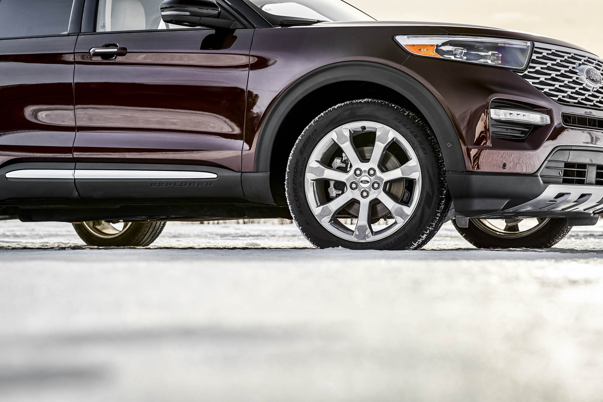 2020 Ford Explorer Platinum wheel