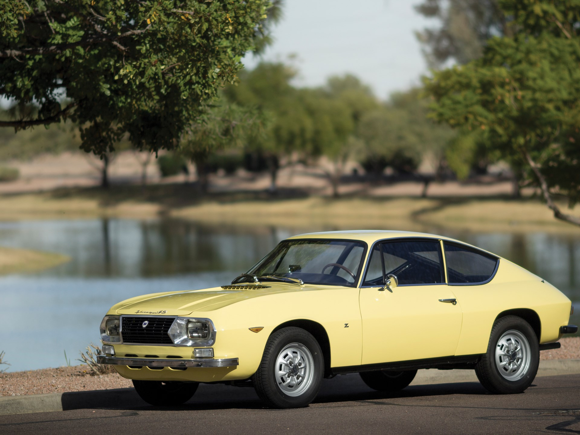 1971 Lancia Fulvia side 3/4 yellow
