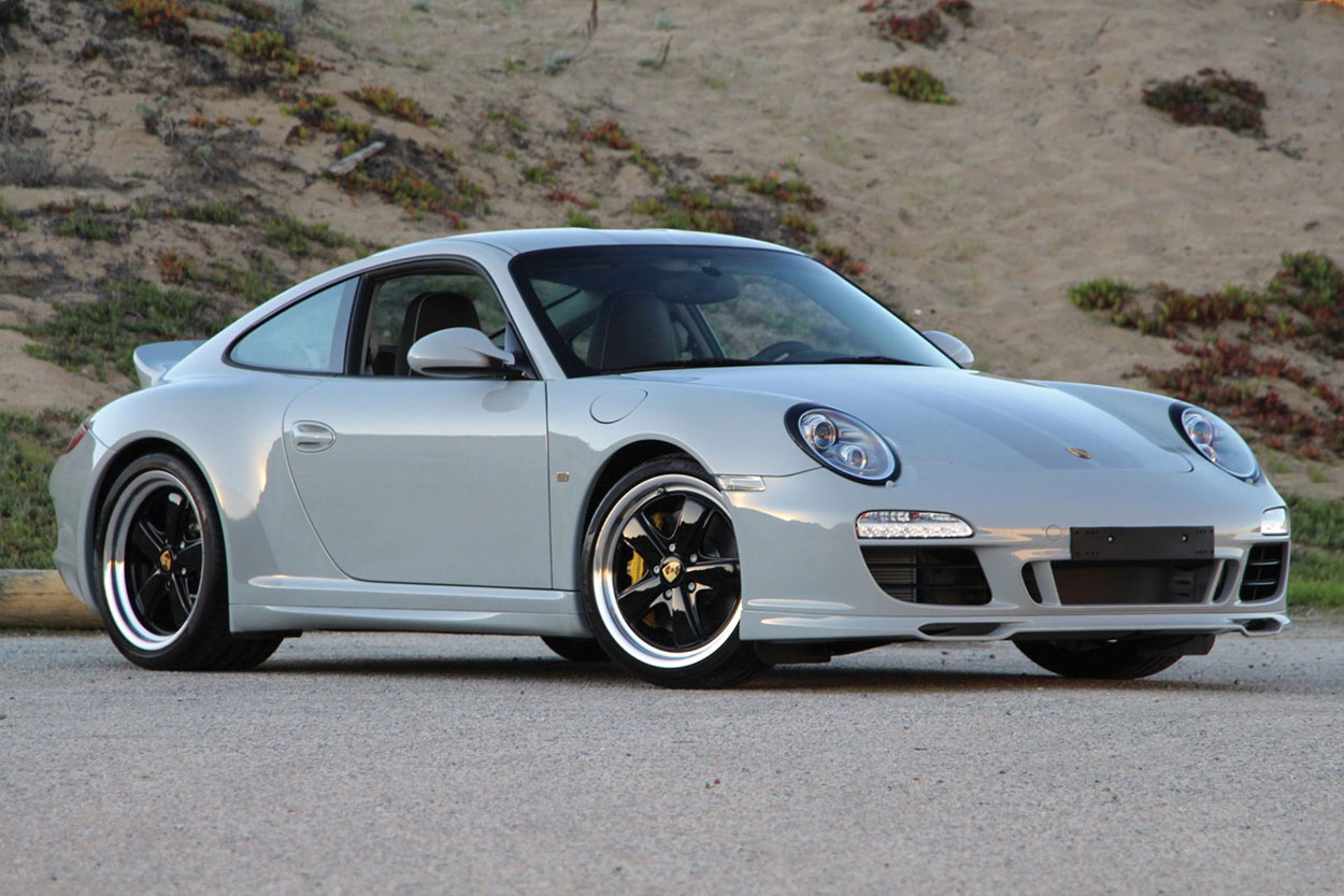 2010 Porsche 911 Sport Classic white 3/4
