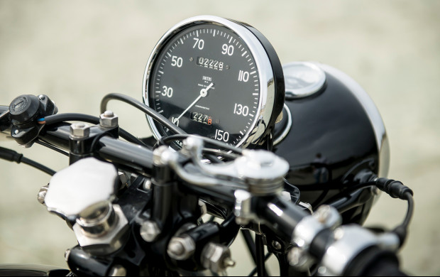 1951 Vincent Series C Black Shadow speedometer