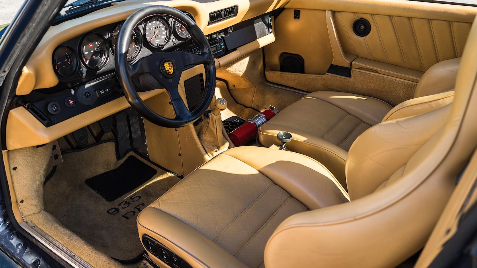 1985 Porsche 930 Turbo 935 DP Motorsports interior