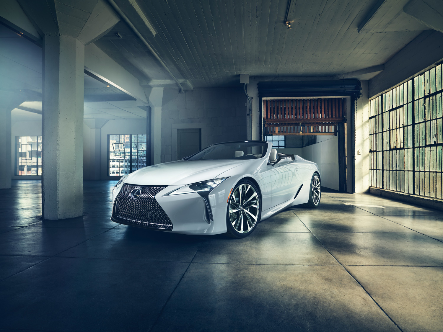 The new 2020 LC Convertible is Lexus' most opulent drop-top offering yet thumbnail
