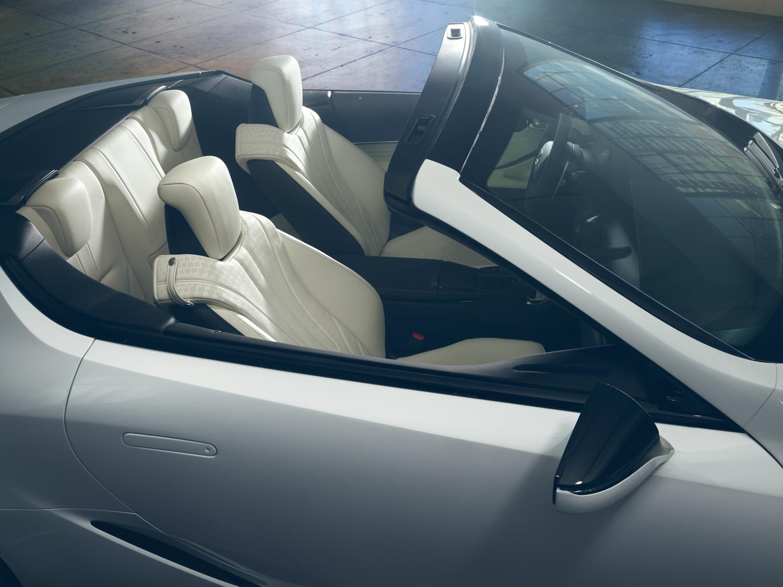 2020 Lexus LC Convertible concept seats interior