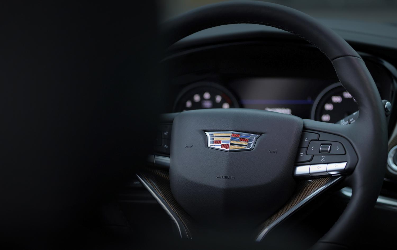 2020 Cadillac XT6 steering wheel