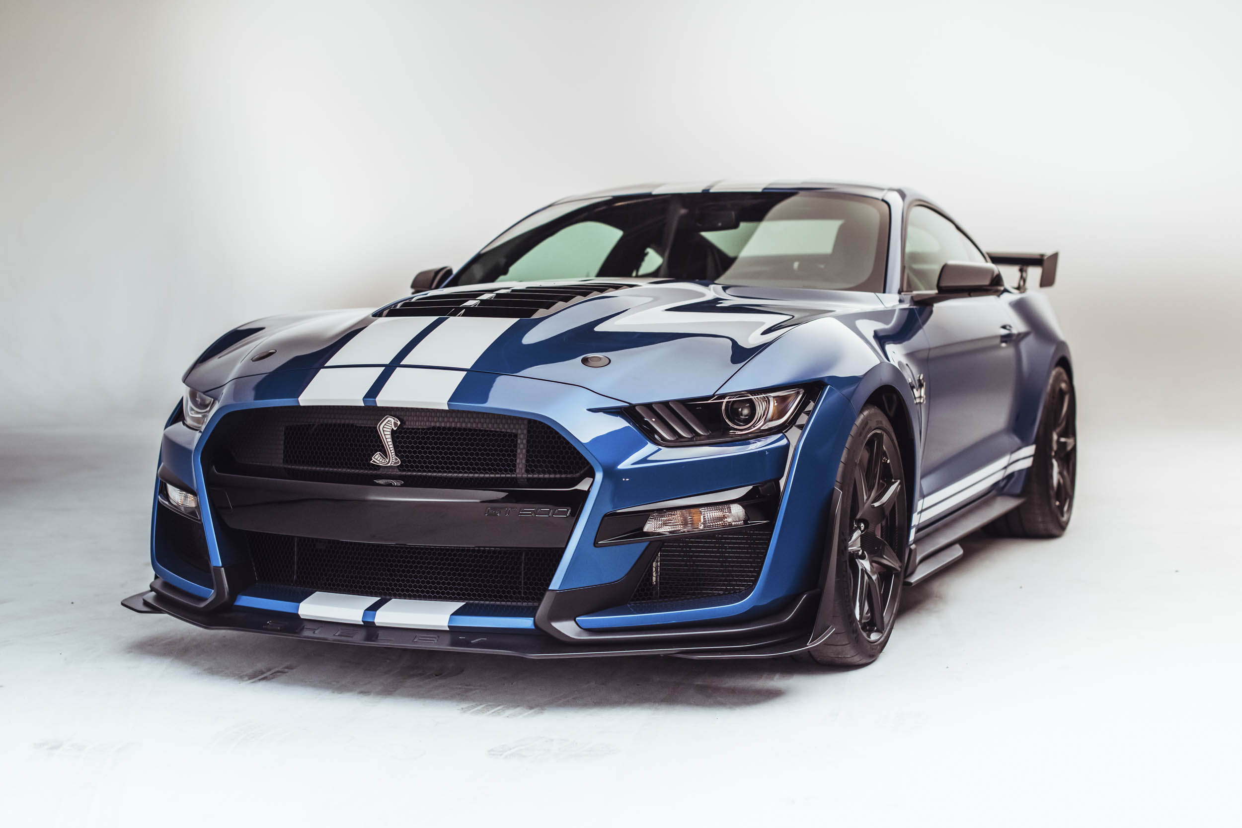 2020 Shelby GT500 low front 3/4