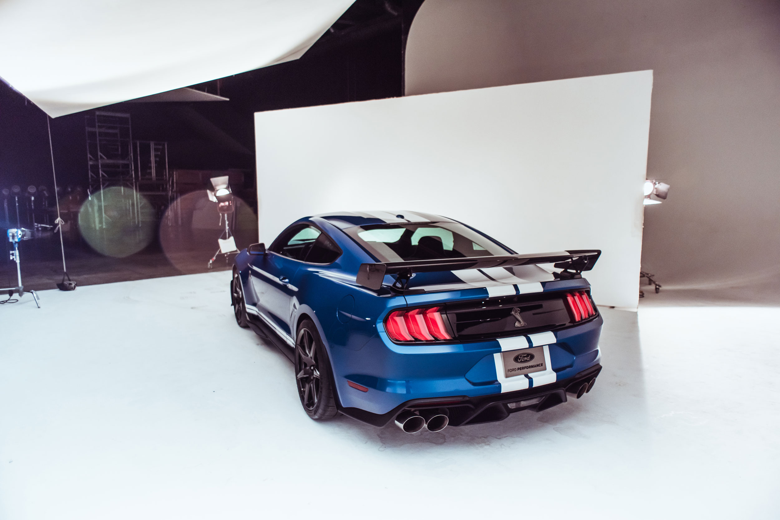 2020 Shelby GT500 rear 3/4 and roofline
