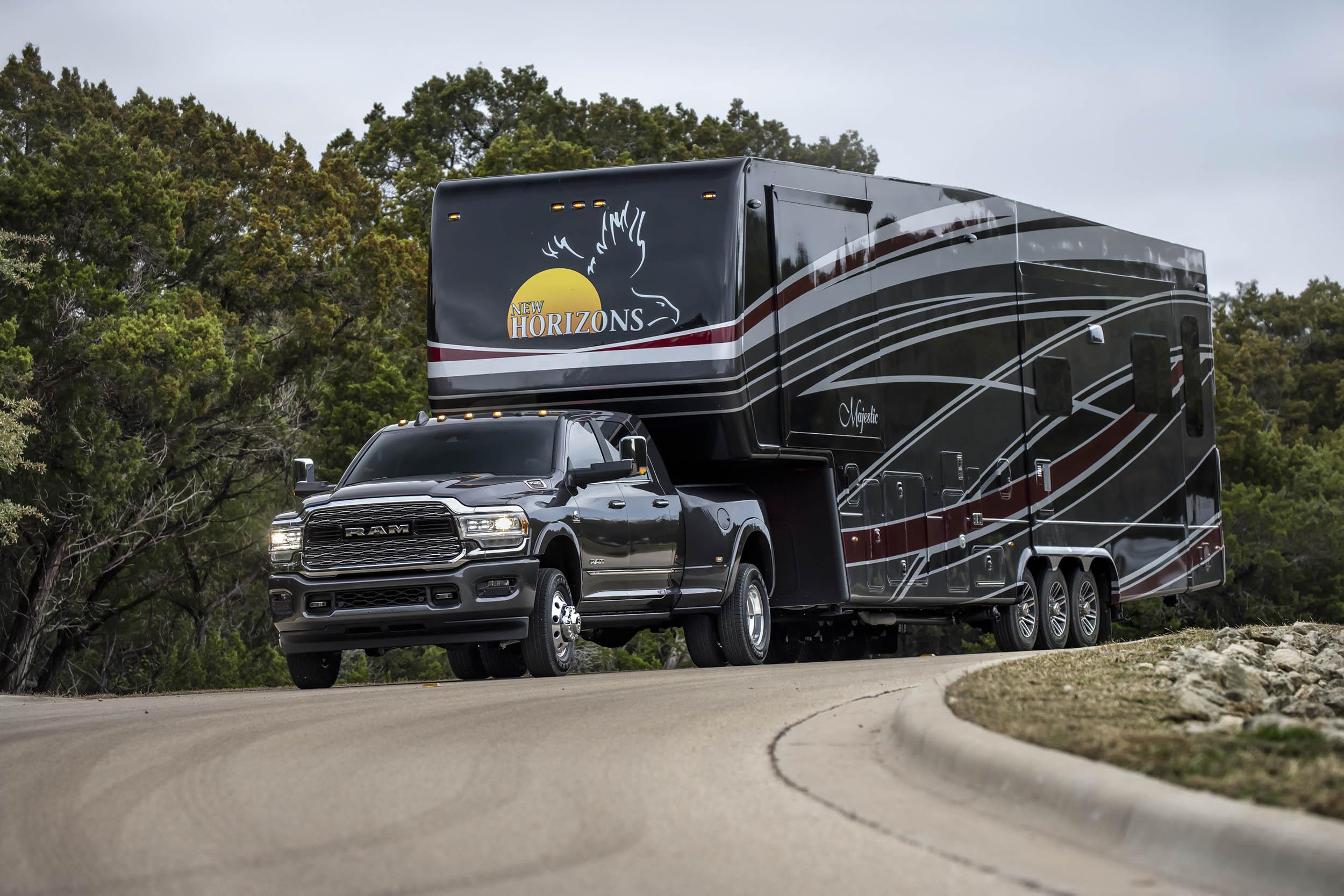 2019 RAM 3500 pulling a trailer