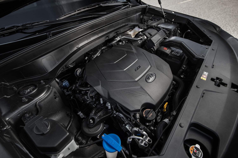 2020 Kia Telluride 3/4 engine