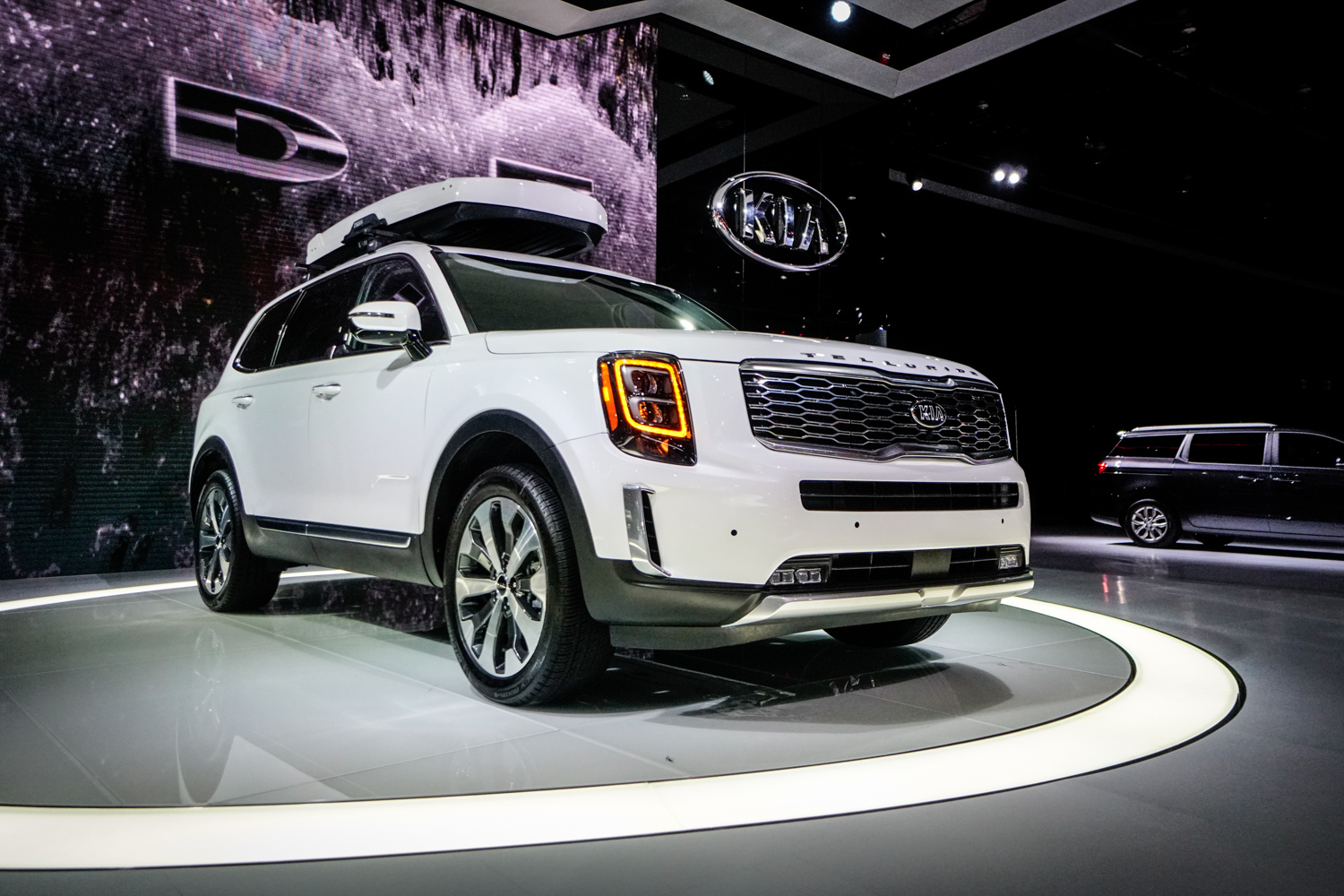 The 2020 Kia Telluride is a flagship luxury SUV with big ambitions