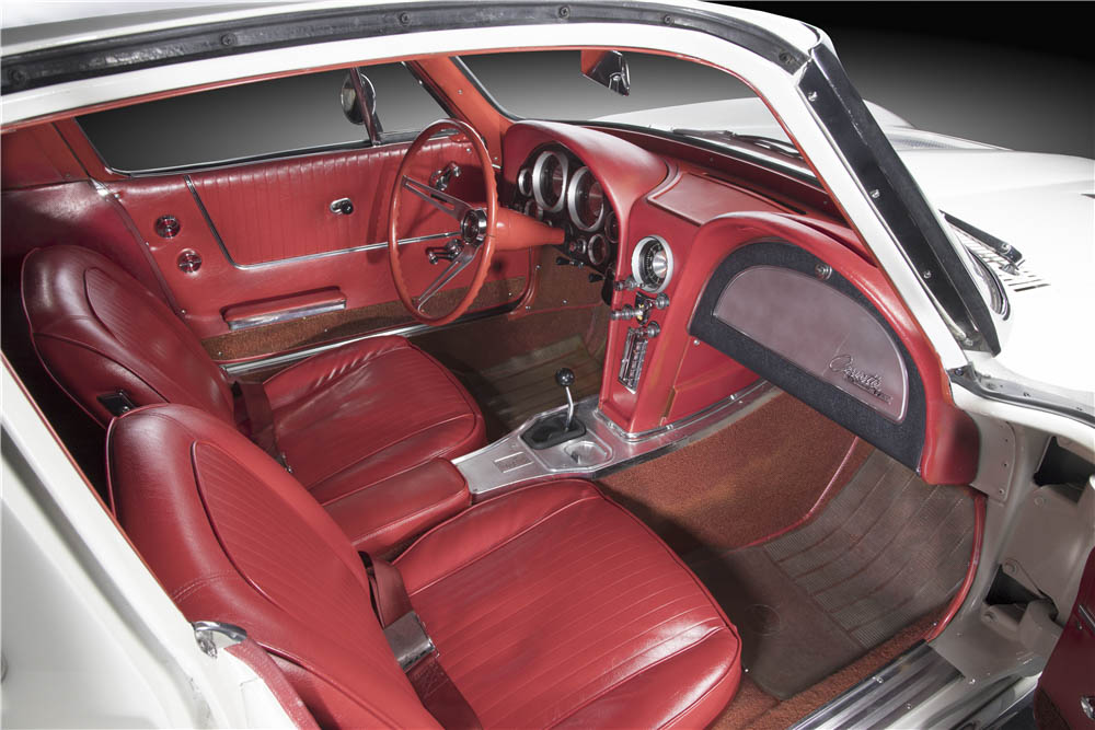 1963 Chevrolet Corvette Split-Window Coupe interior