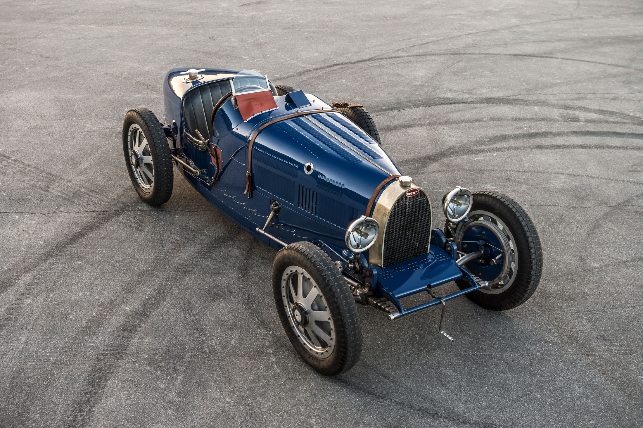 """Is a Pur Sang a Bugatti? How do we determine if replicas """"count""""? 