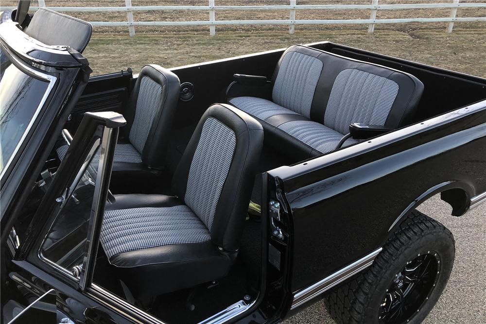 1972 Chevrolet K5 Blazer interior