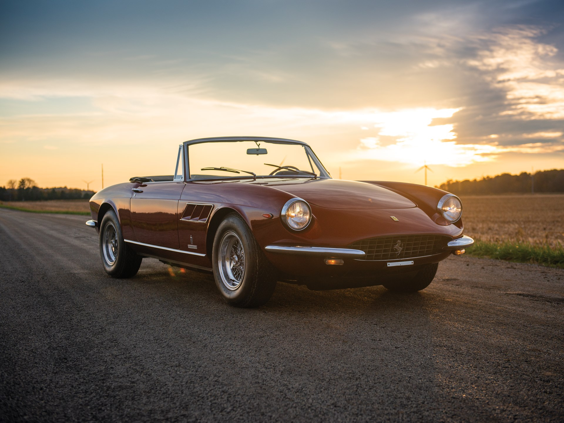 1967 Ferrari 330 GTS Spider red 3/4