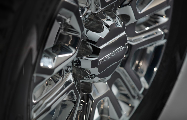 2020 GMC Sierra 2500HD chrome wheels