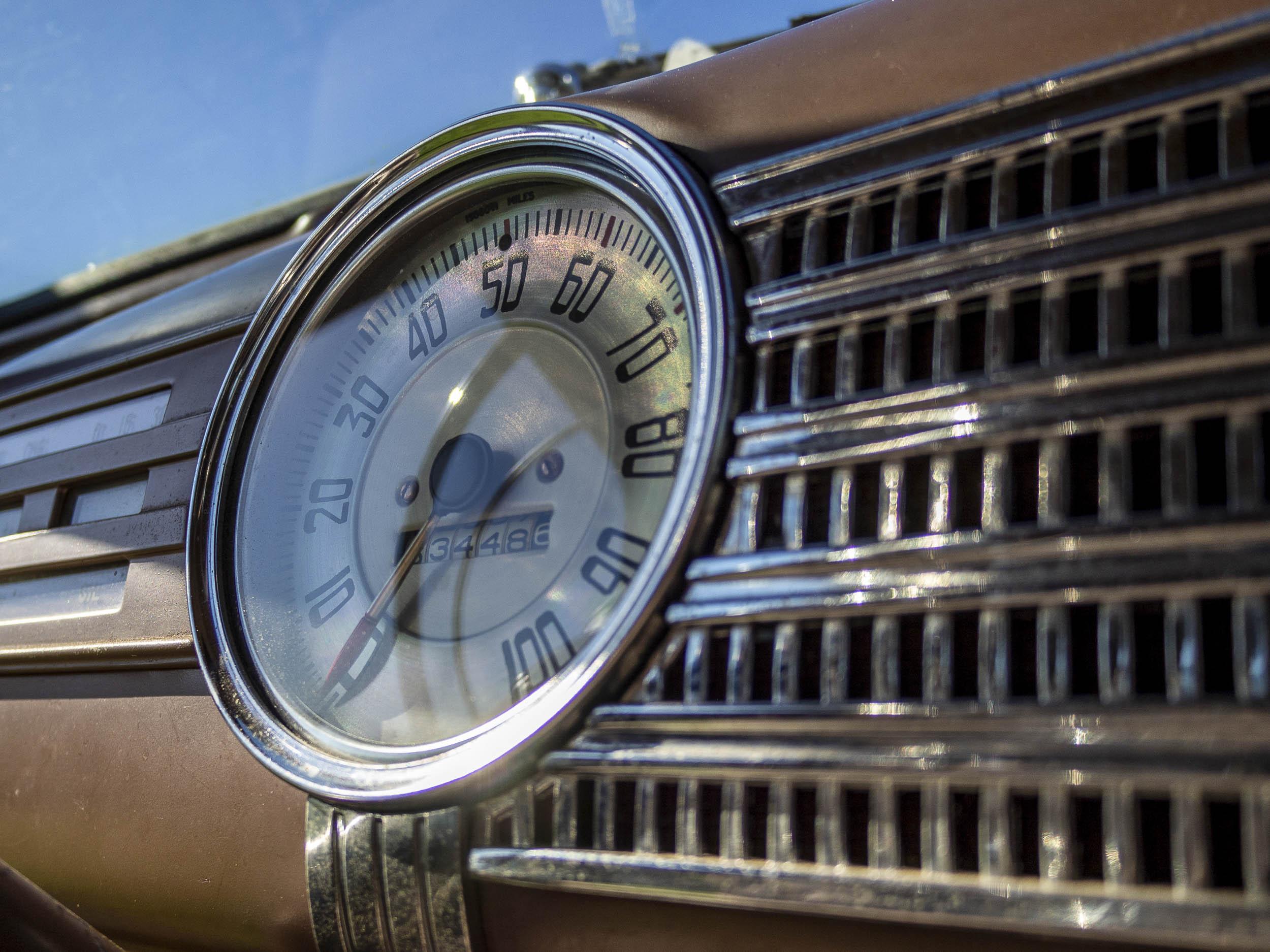 1941 Chevrolet Master Deluxe speedometer