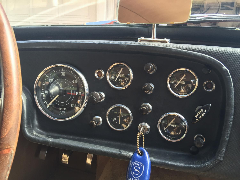1959 Peerless GT gauges