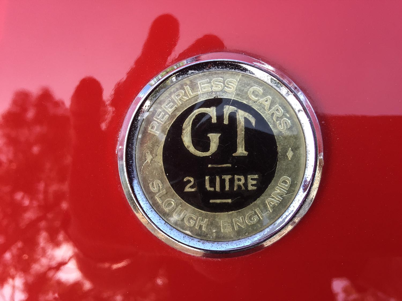 1959 Peerless GT badge