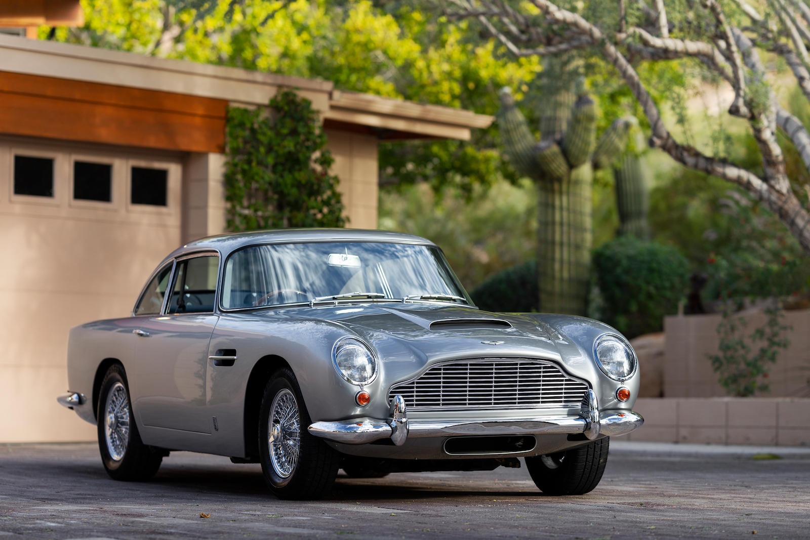 The 7 most expensive British cars at the 2019 Arizona Auctions thumbnail