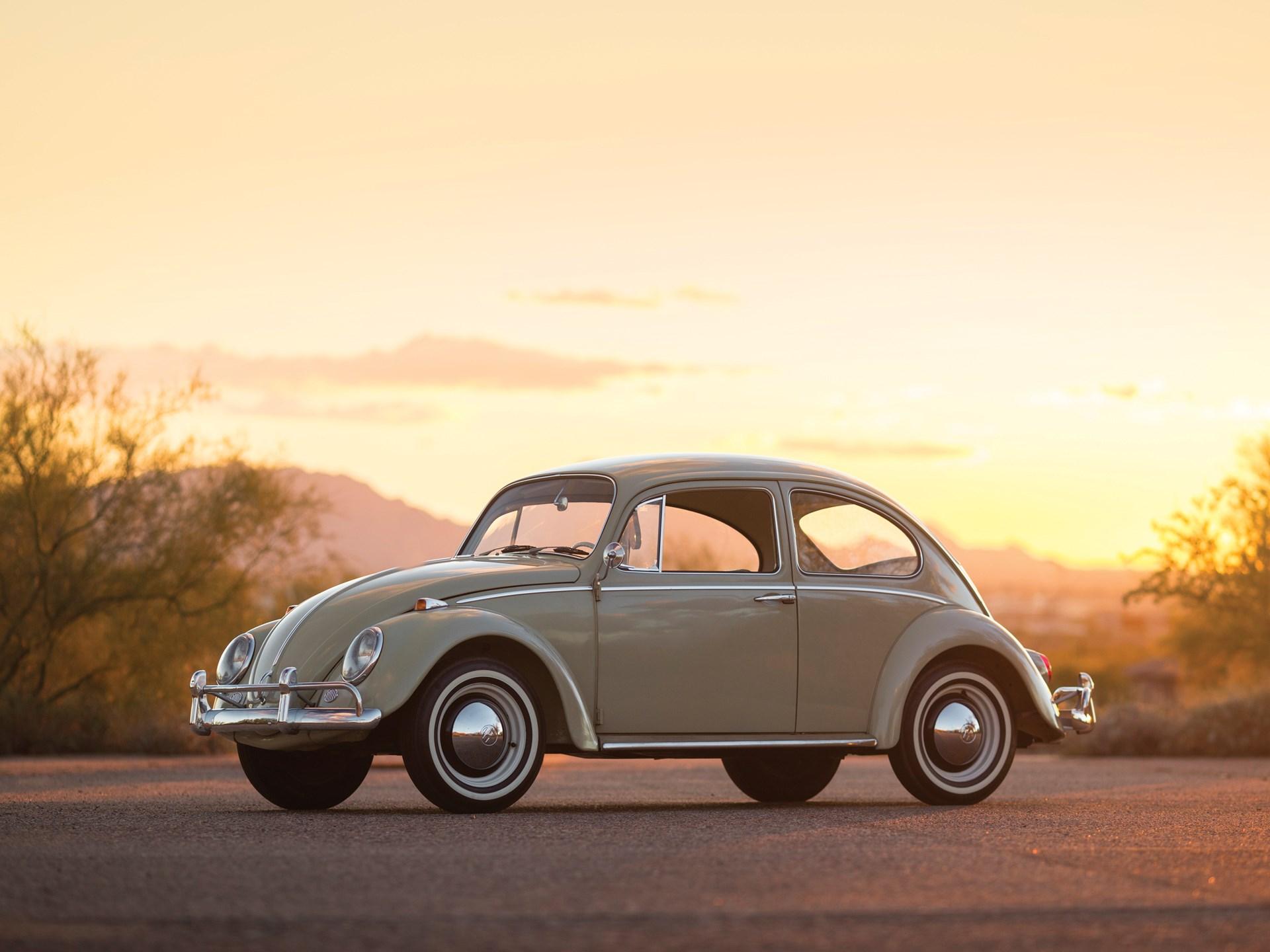 1965 Volkswagen Beetle 3/4 sunset