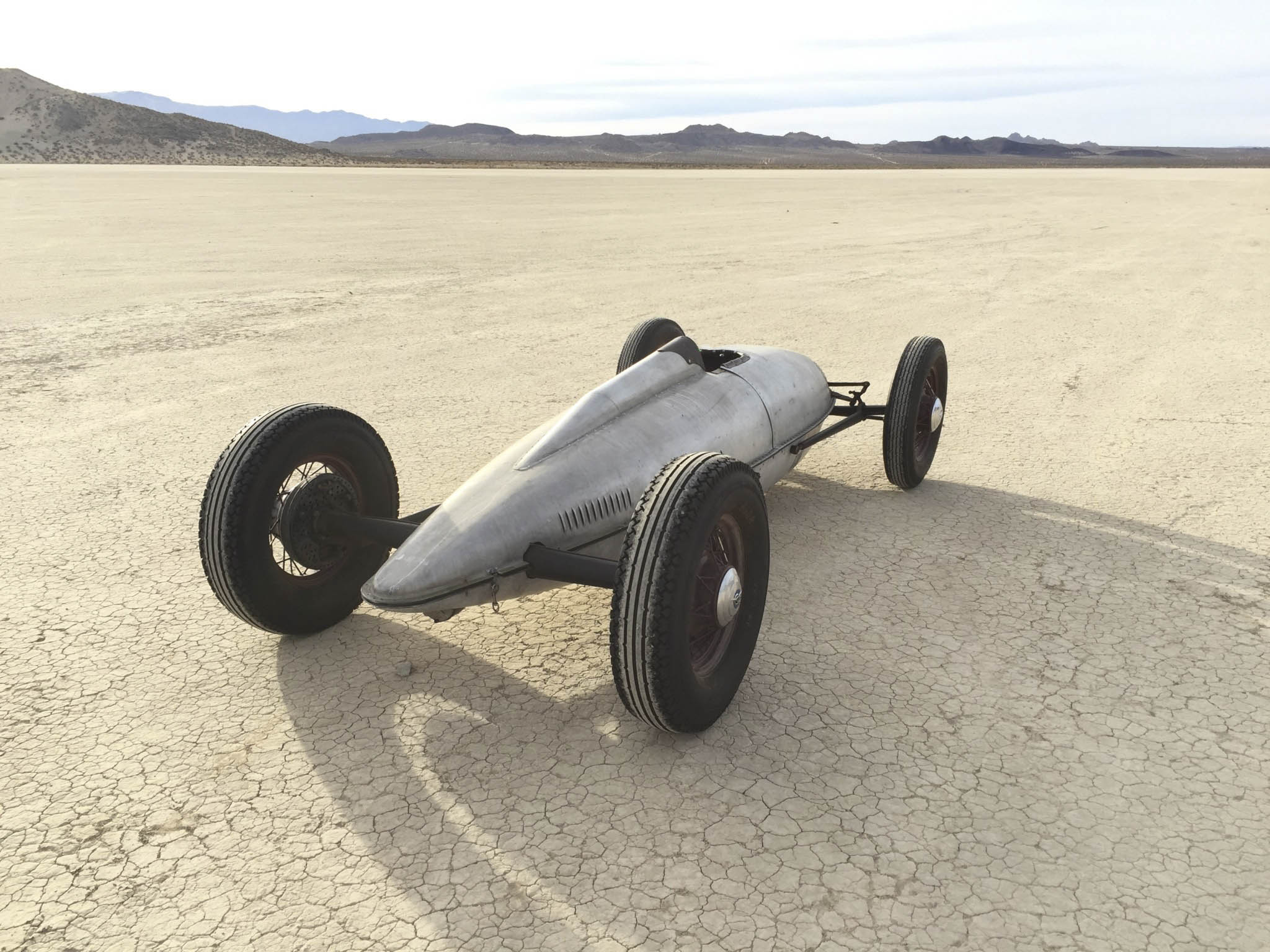 1949 Belly Tank Lakester rear 3/4
