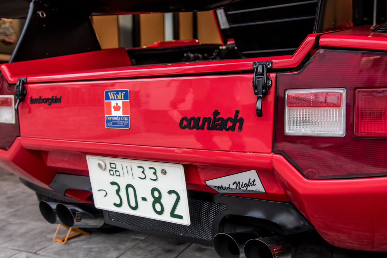 mike wolf lambo countach rear deck detail