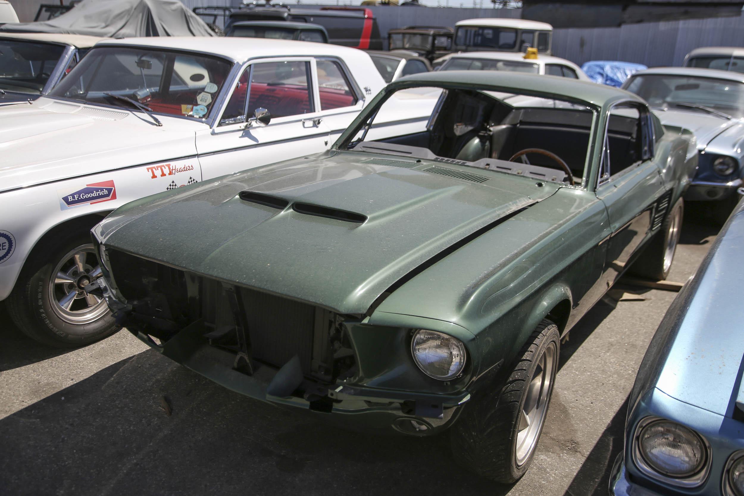 Picture Car Warehouse green bullitt mustang