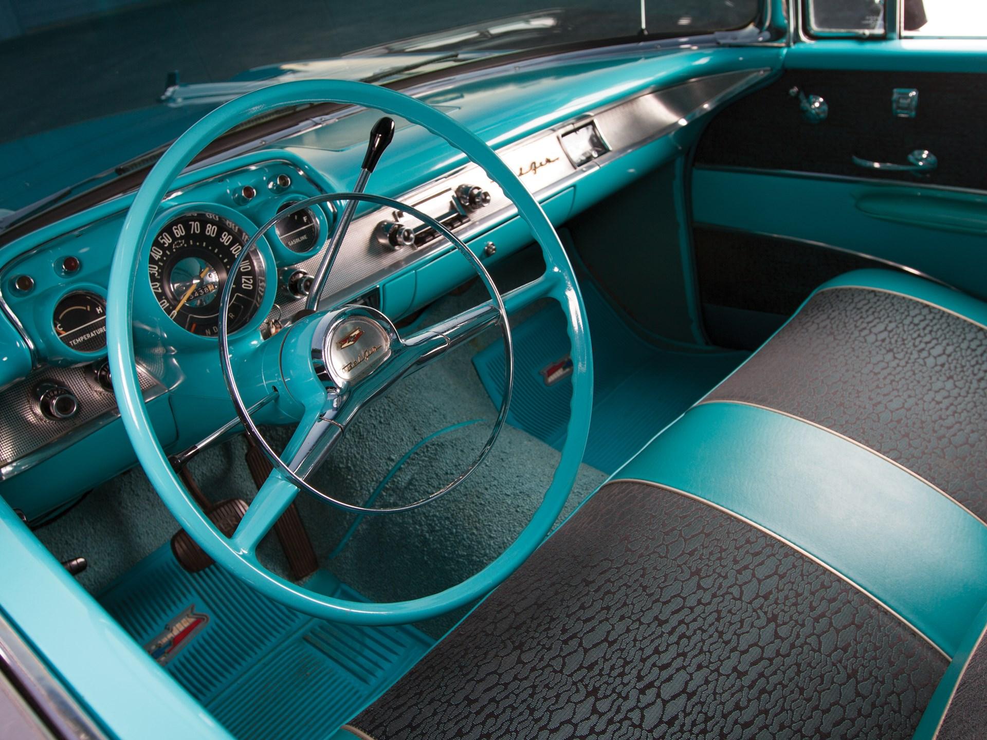 1957 Chevrolet Bel Air Nomad steering wheel