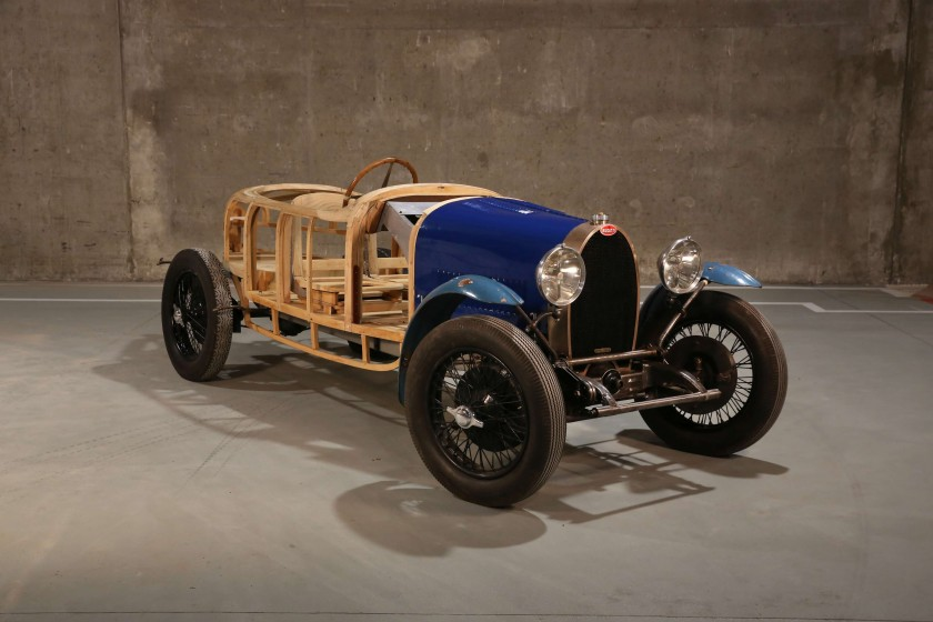 1929 Bugatti Type 40 front 3/4