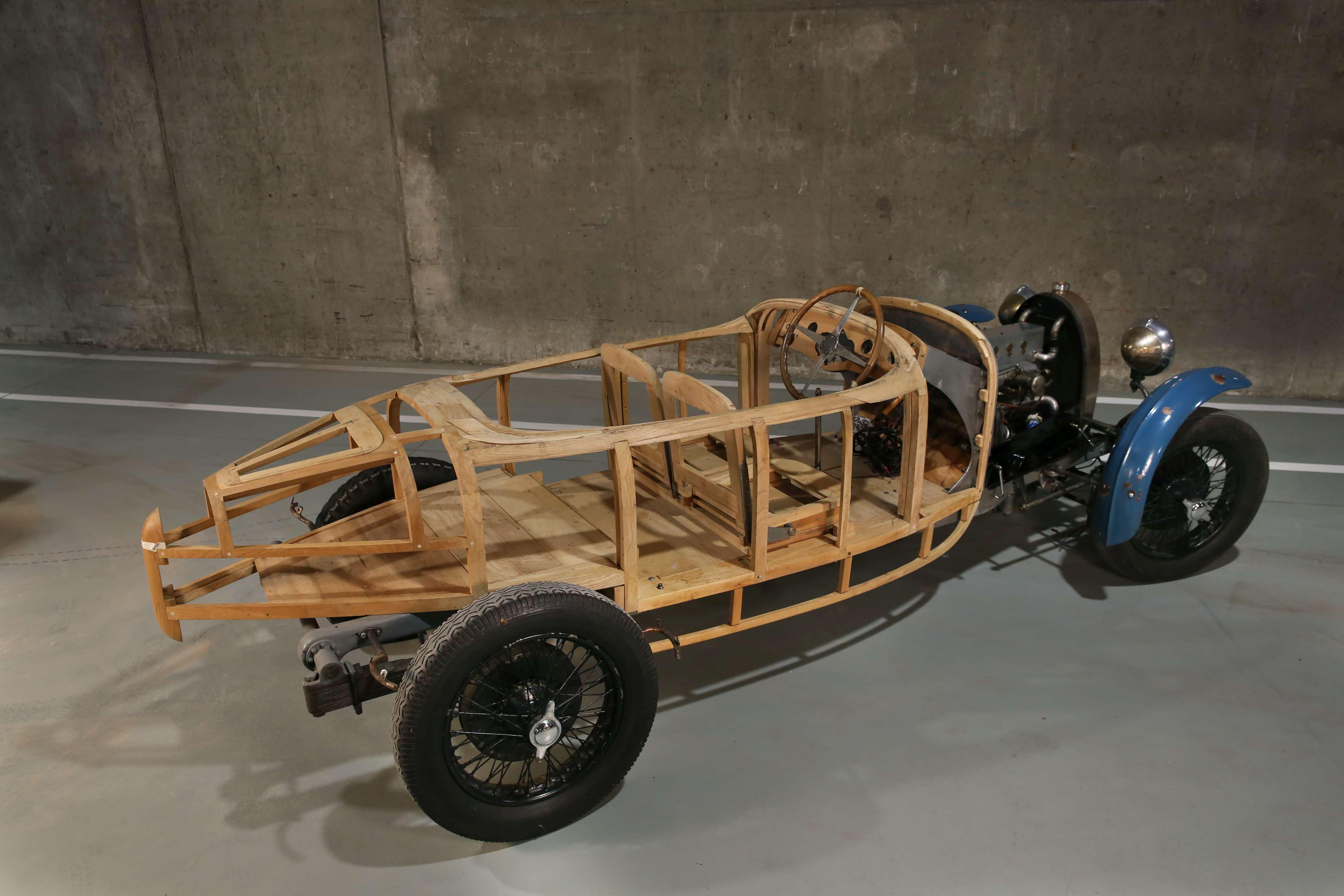 1929 Bugatti Type 40 rear 3/4