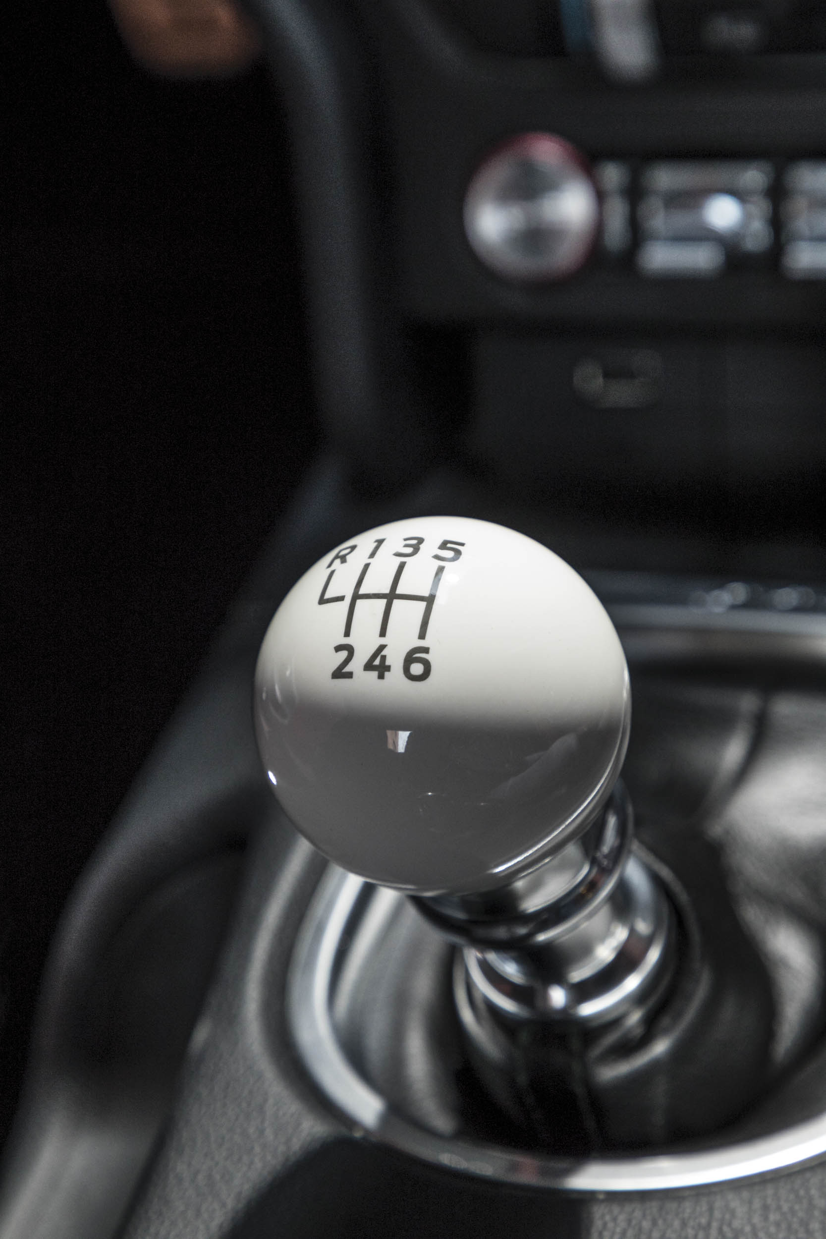 2019 Ford Mustang Bullitt shift knob