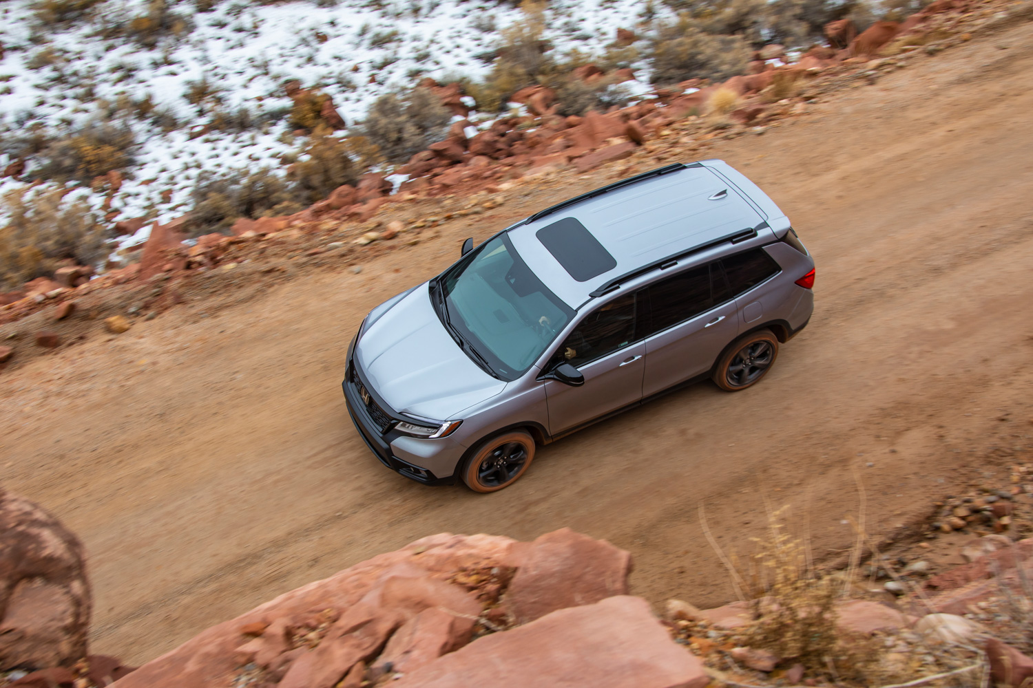 2019 Honda Passport above