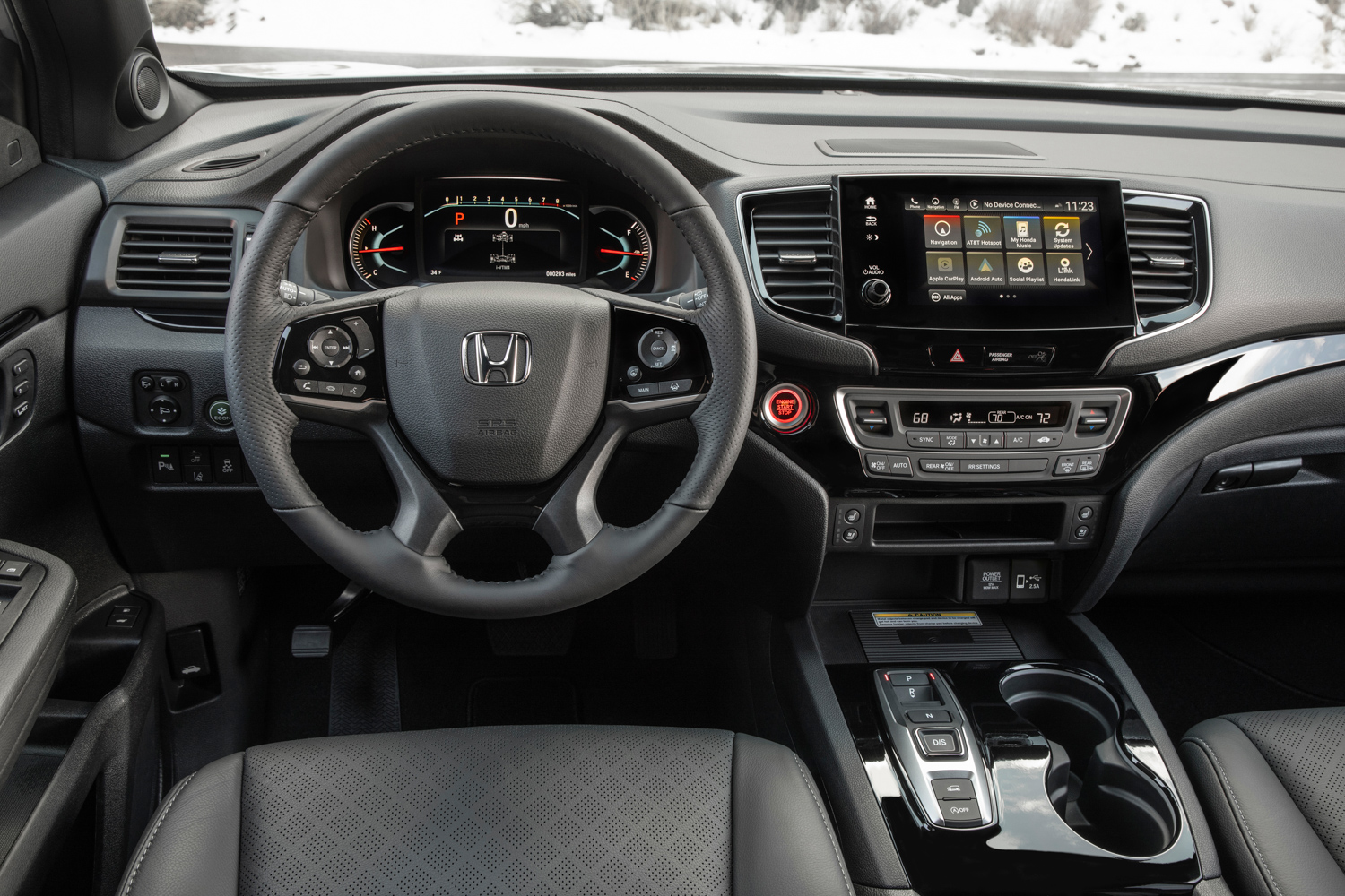 2019 Honda Passport dash and center stack