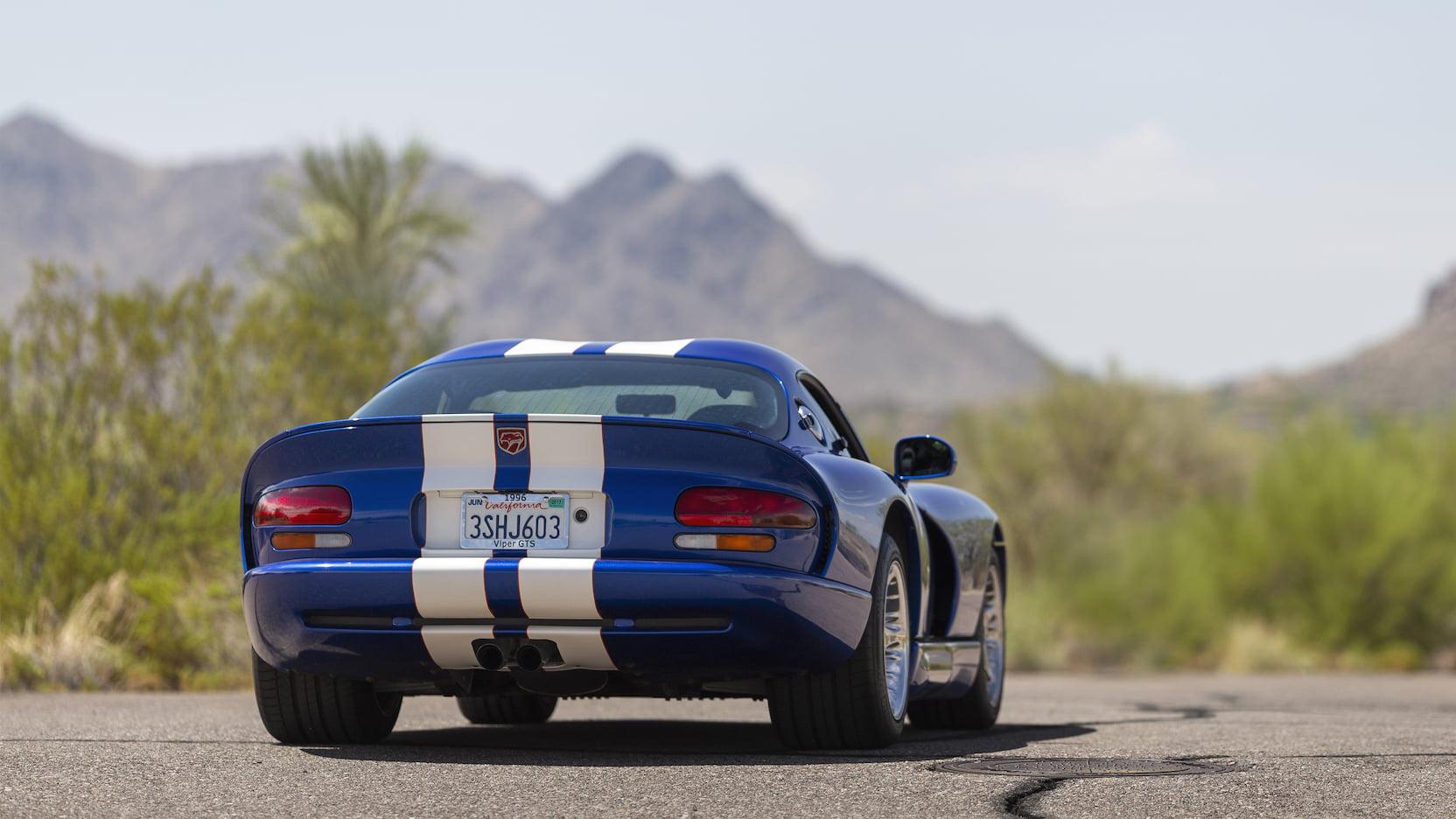 1996 Dodge Viper GTS 3/4 rear