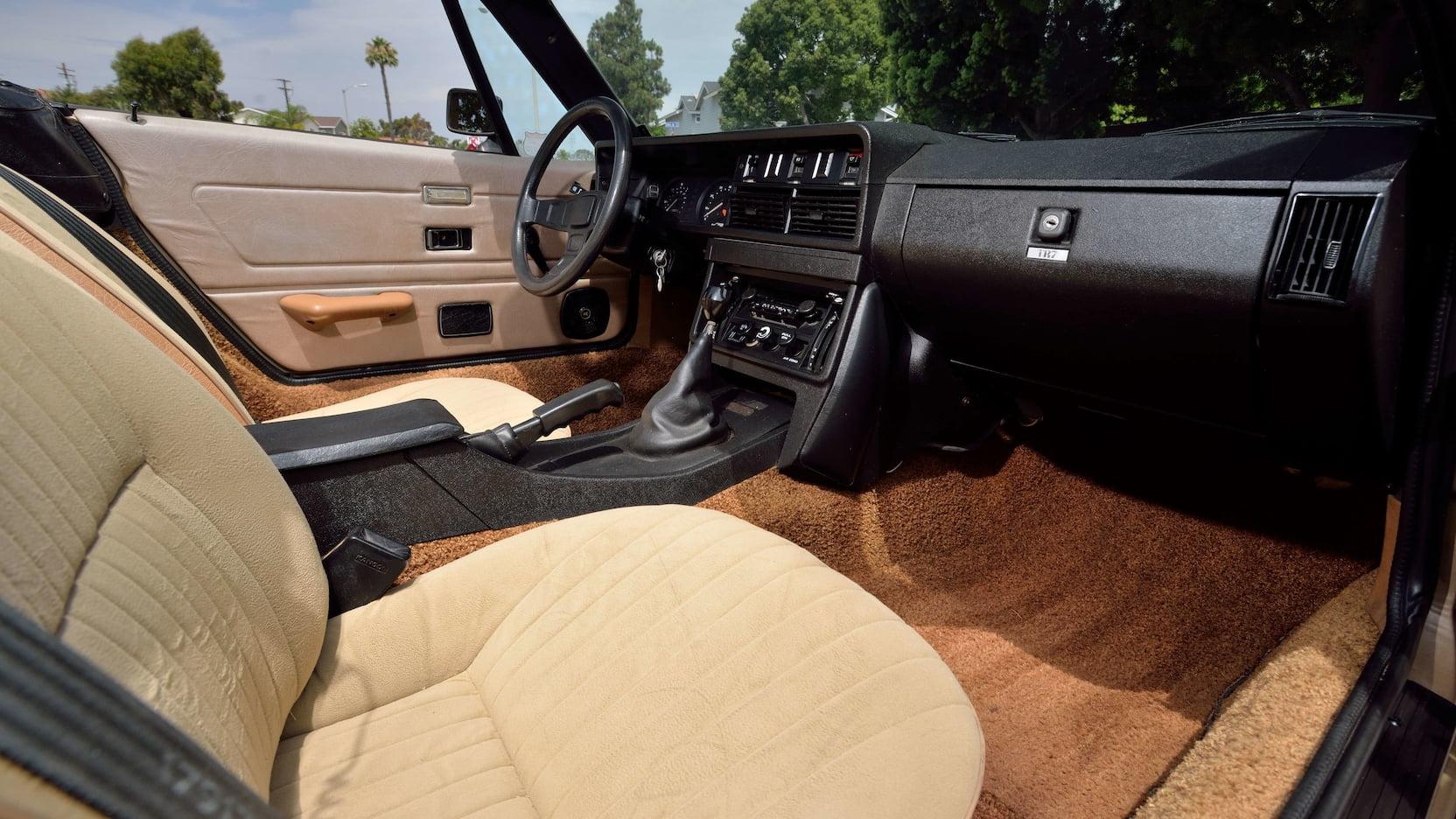 1979 Triumph TR7 passenger interior
