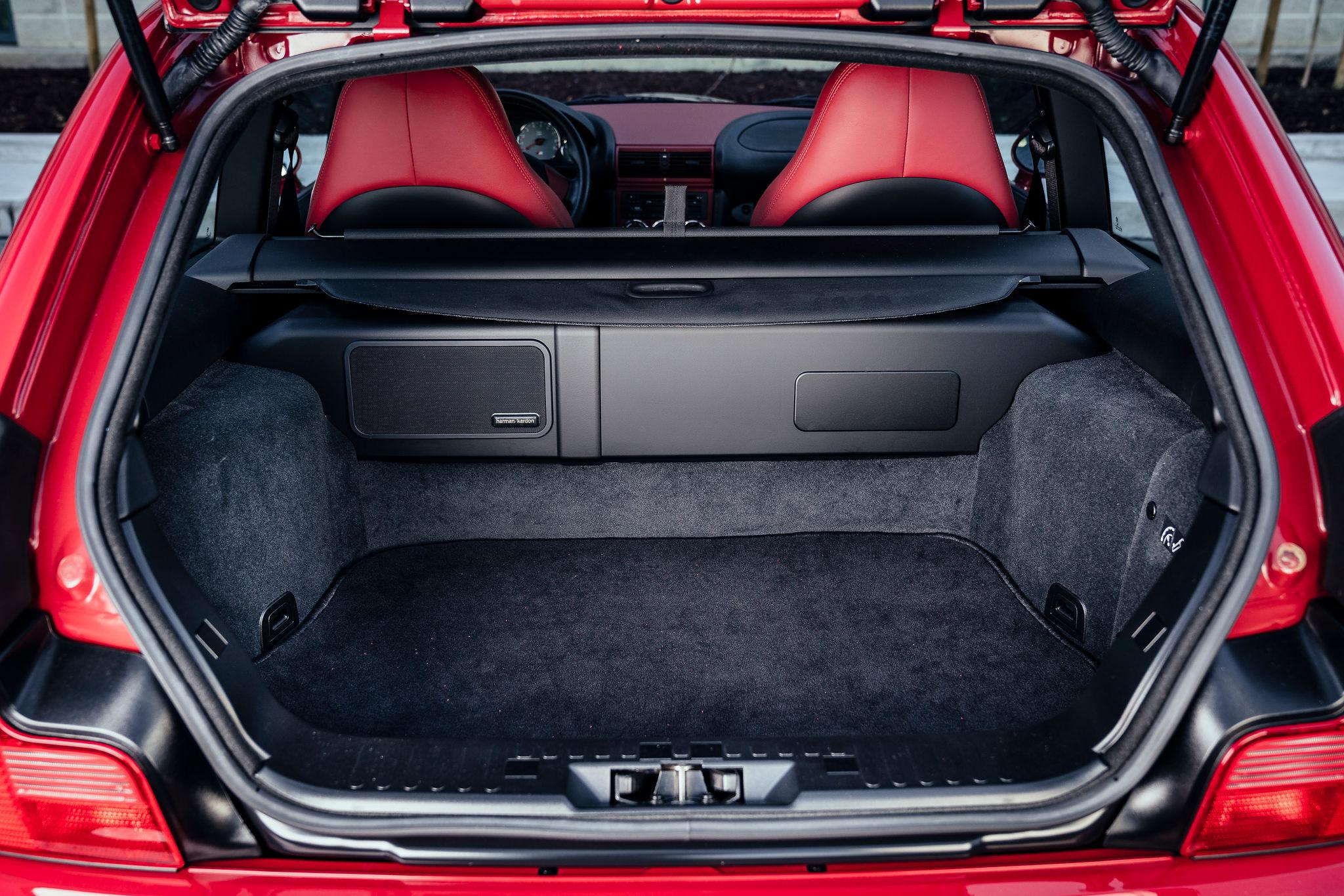 2002 BMW Z3 M Coupe rear hatch cargo