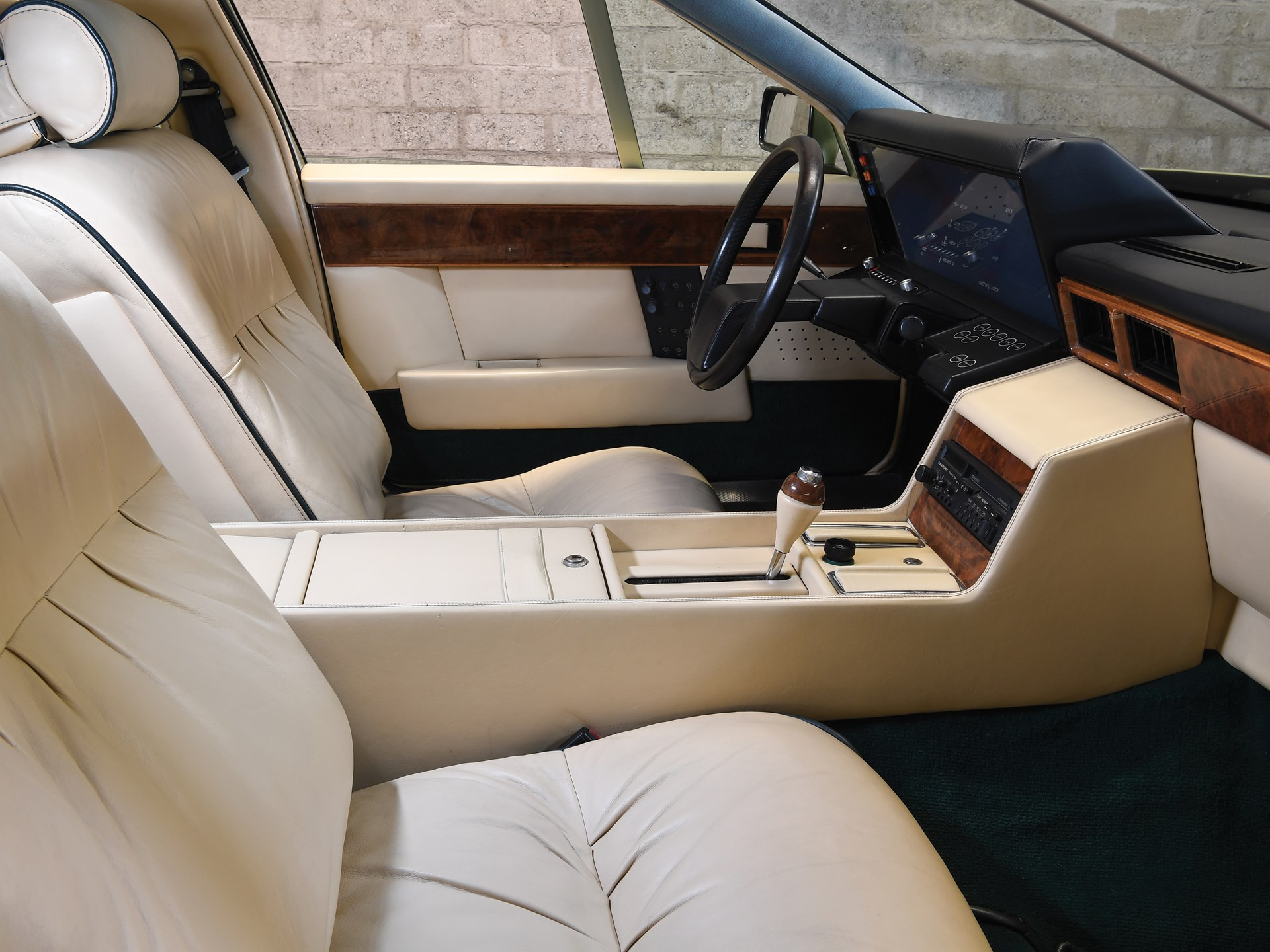 1983 Aston Martin Tickford Lagonda interior
