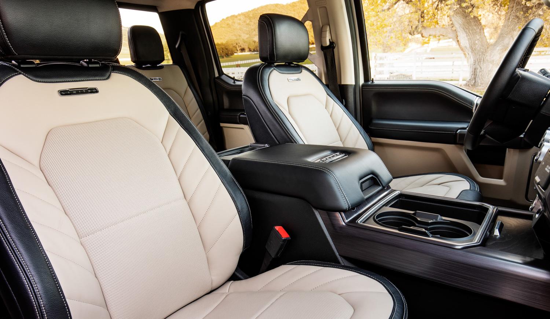 2020 Ford F-450 Super Duty interior seats