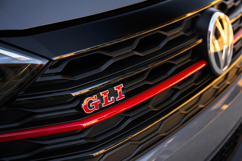 2019 Volkswagen Jetta GLI grille detail