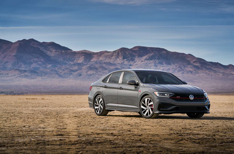 2019 Volkswagen Jetta GLI 3/4 front mountain