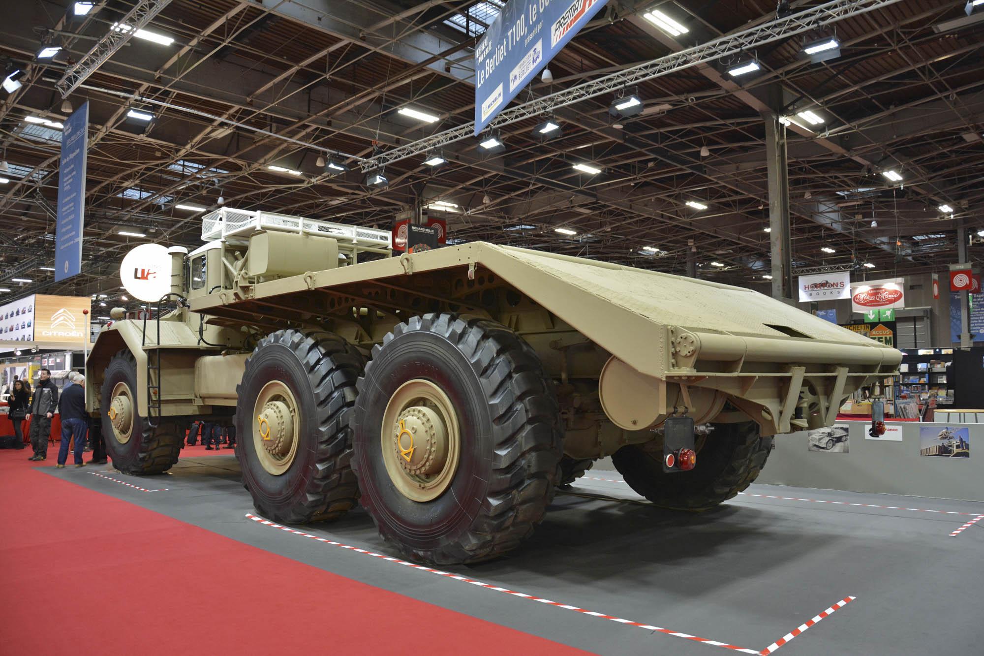 Berliet T100 truck bed