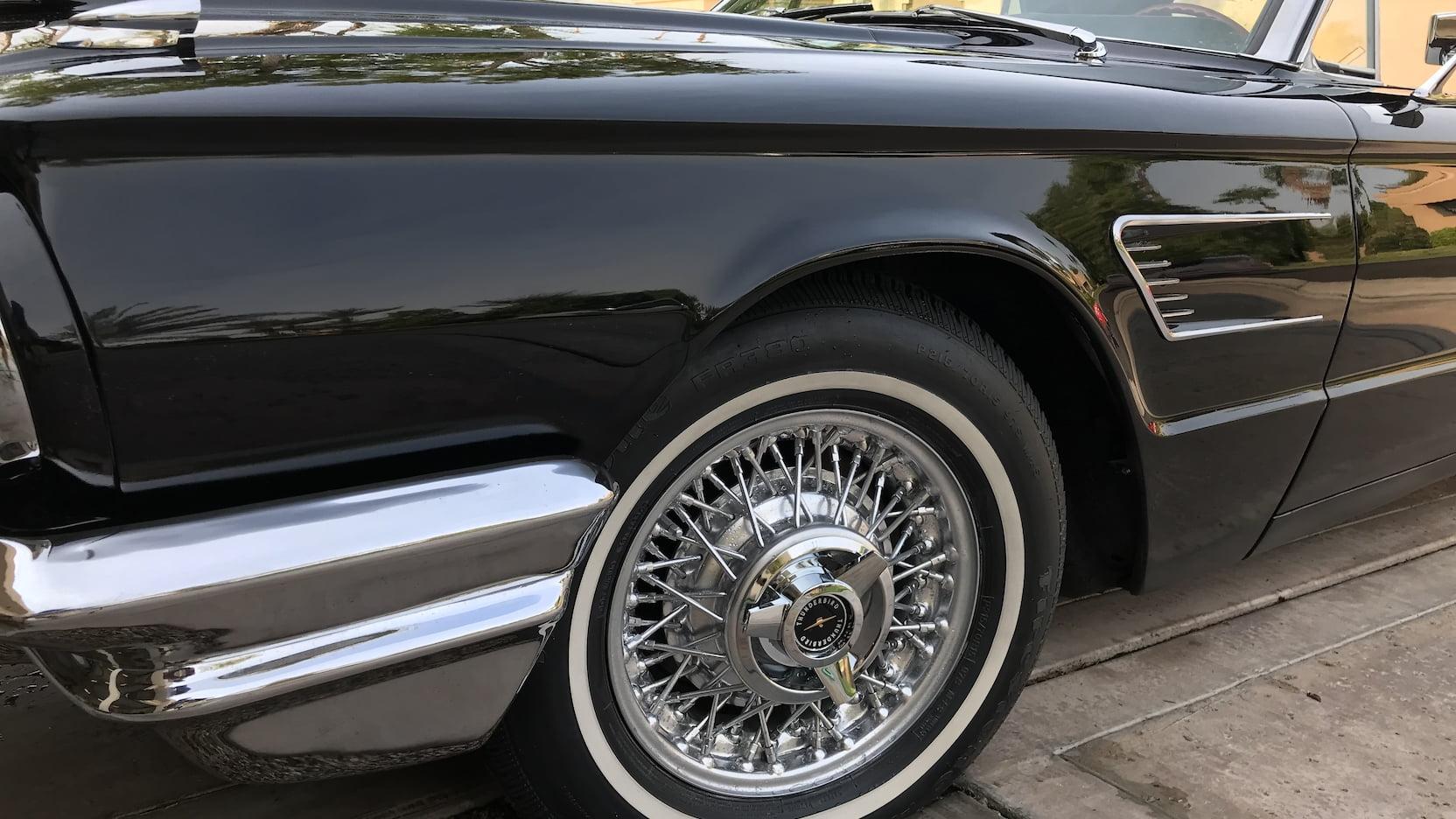 1965 Ford Thunderbird wheel detail