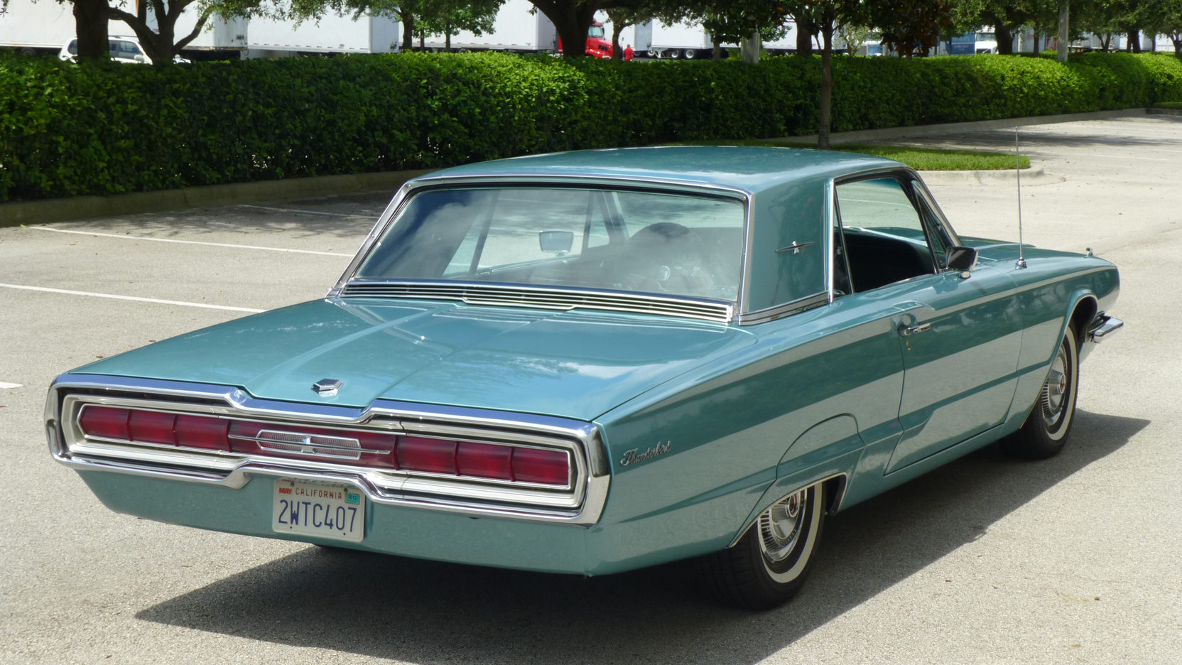1966 Ford Thunderbird rear 3/4