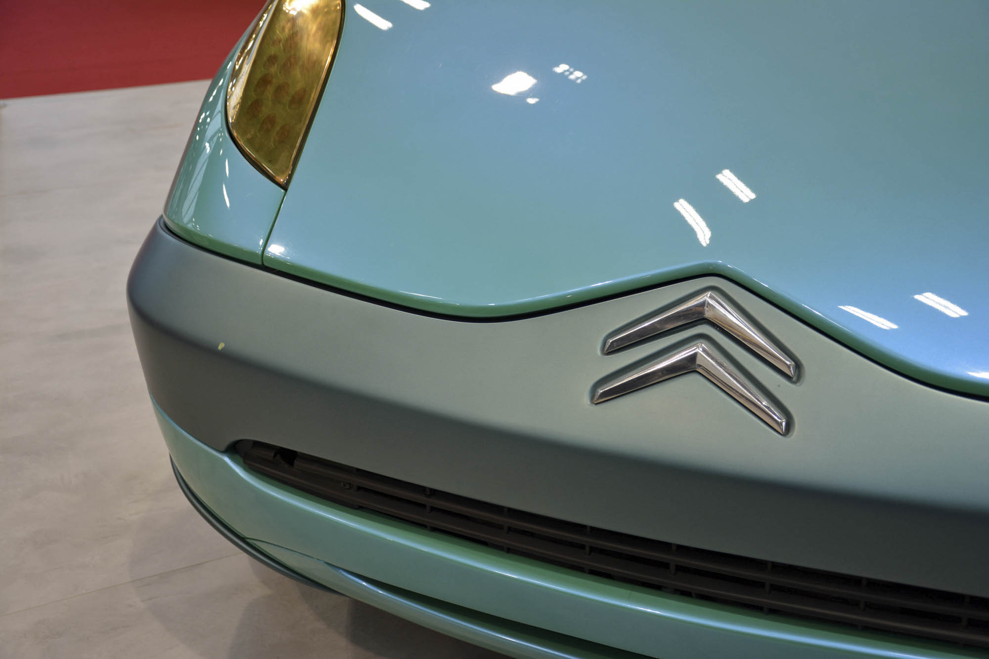 Citroën Xanae concept badge