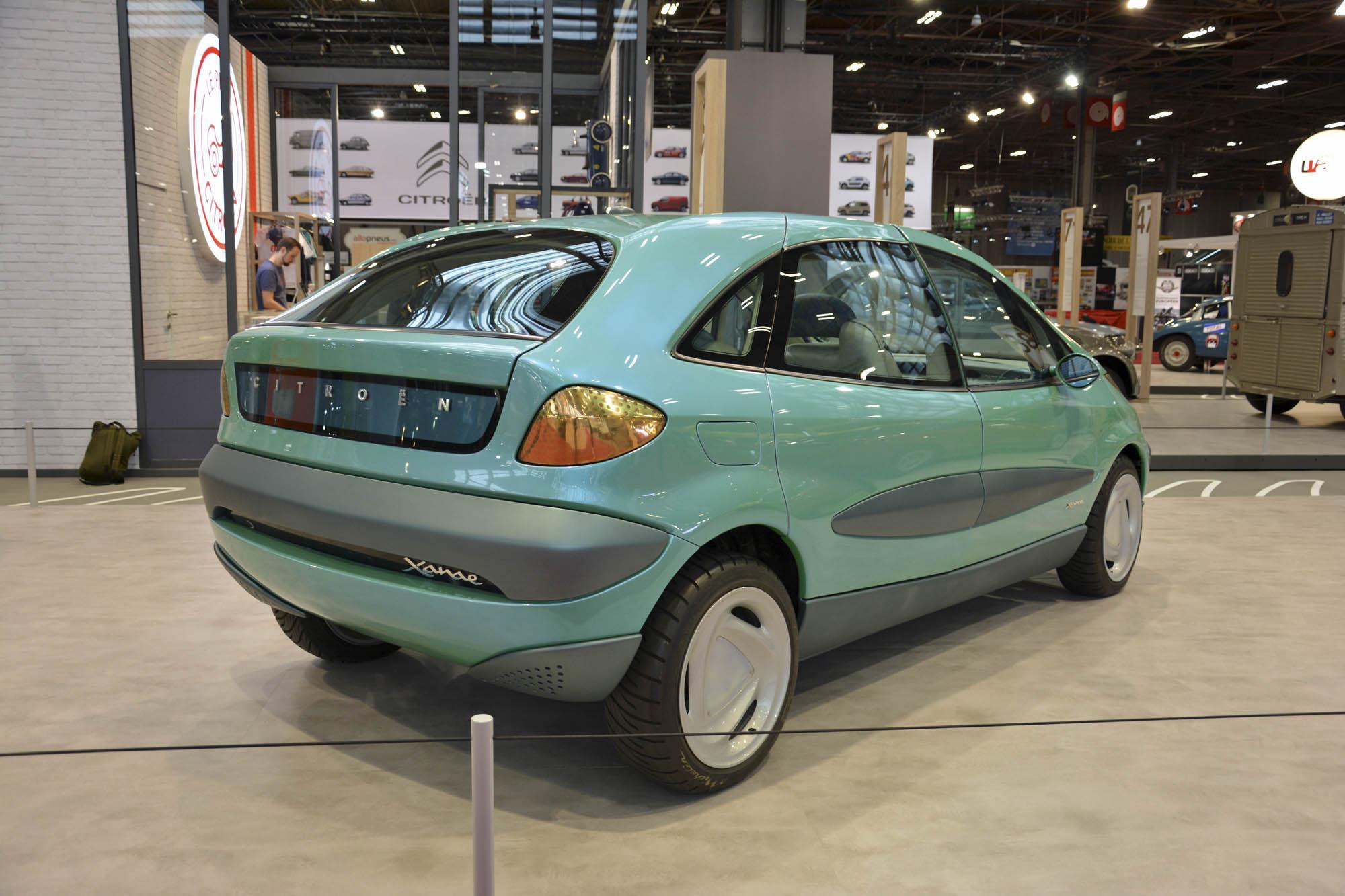 Citroën Xanae concept rear 3/4