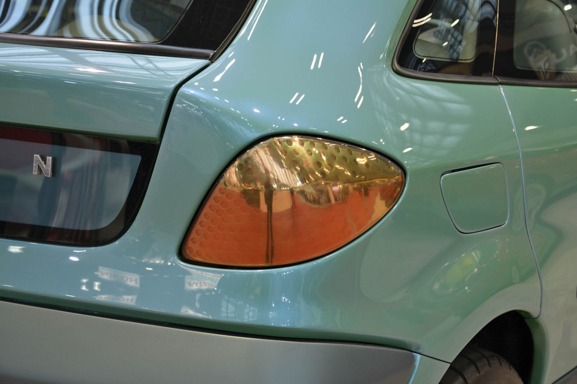 Citroën Xanae concept tail light detail