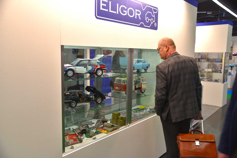 eligor toy car display